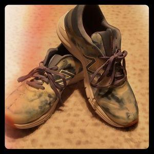 Women's New Balance Cush tie dye tennis shoes